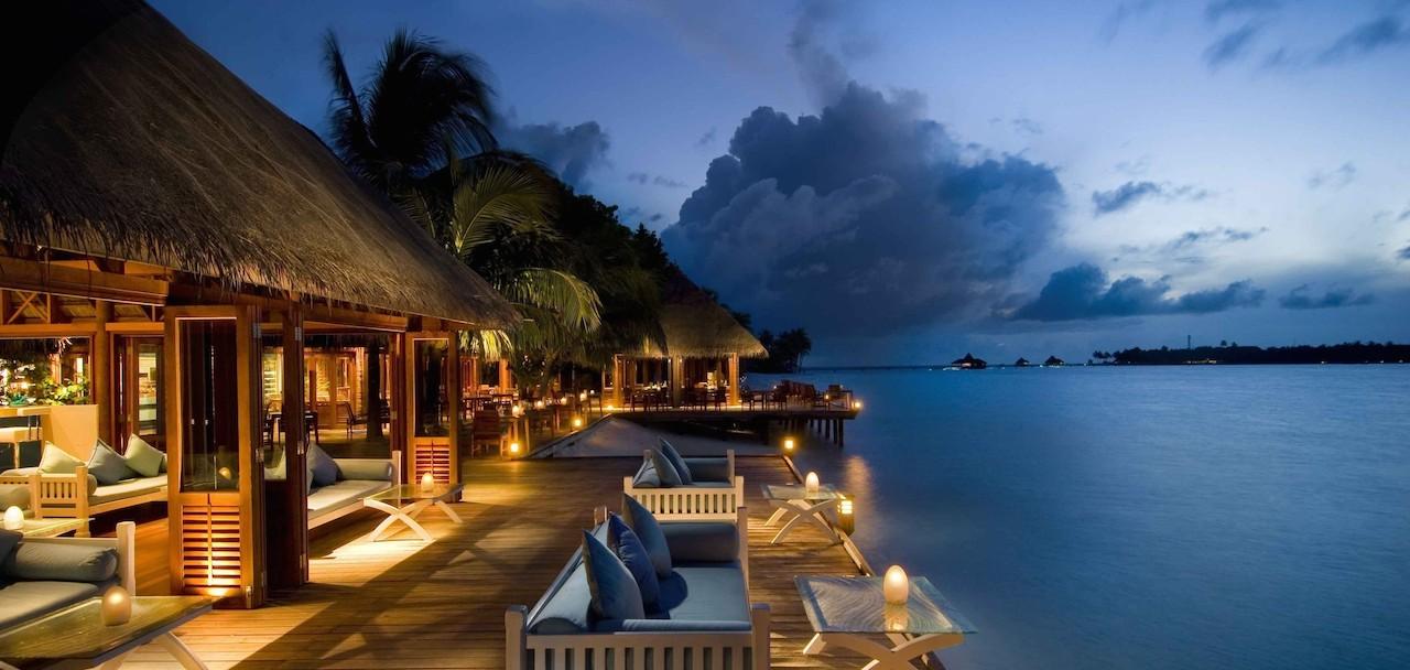 home-james-global-real-estate-Maldives-Excotic-Hotel