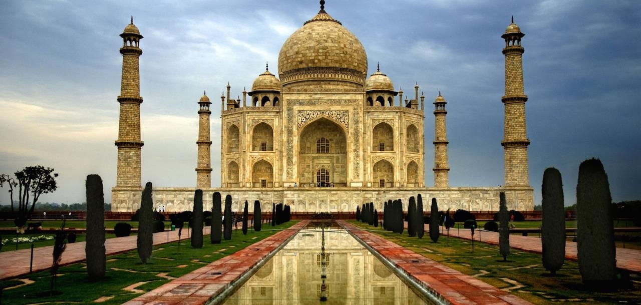 home-james-global-real-estate-india-taj-mahal